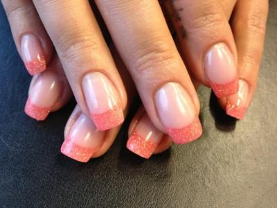 farg-på-naglarna-1